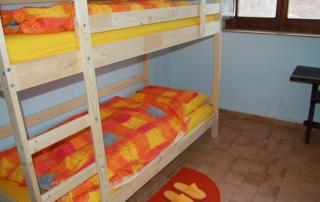 camera da letto del rifugio cervati